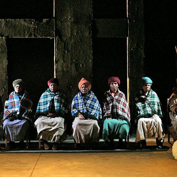 MOLORA-Market-Theatre-07-00.jpg